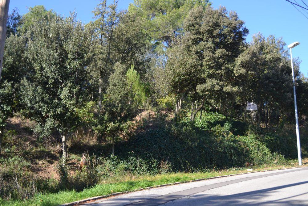Solar urbano en la vinya del cargol terreno muy cercano al centro! en Castellar del Vallès