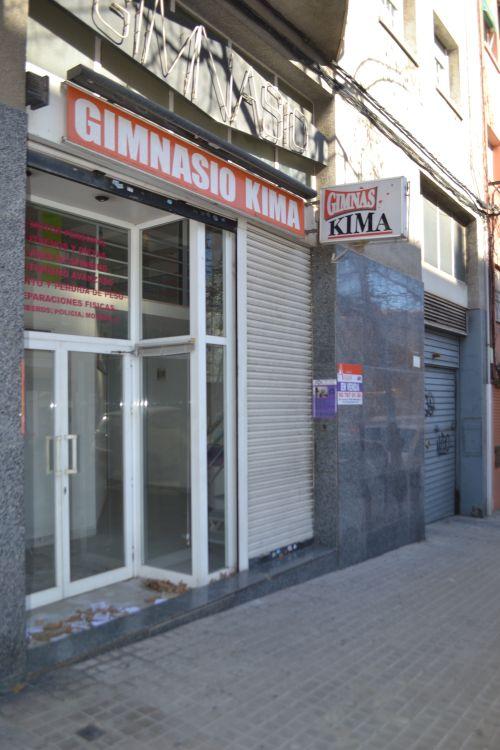 Local comercial a la carretera terrassa ampli local en zona Can Rull! a Sabadell